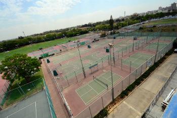 מגרשי אימון טניס