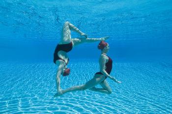 שחייה אומנותית