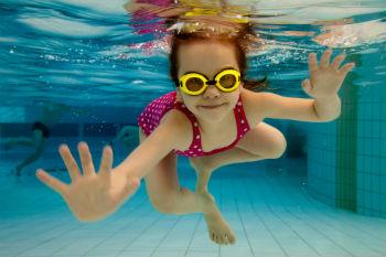 קורס שחייה